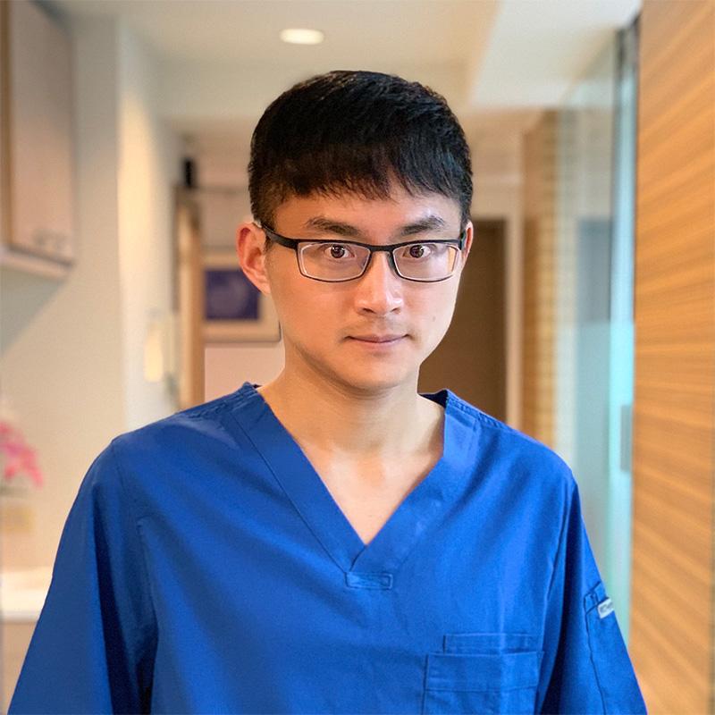 來德-顏煒慶 醫師