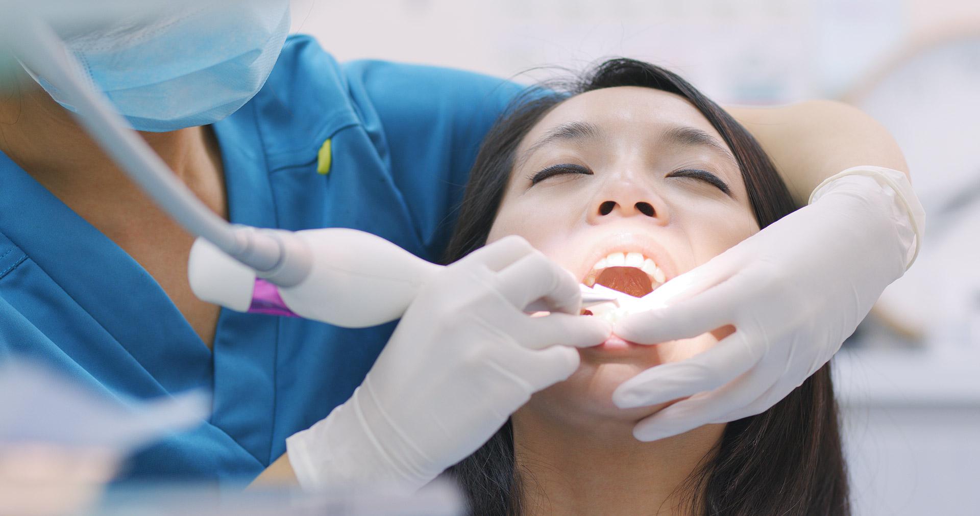 牙周病症狀淺談:您有牙齦發炎膿包等狀況嗎?千萬要當心!